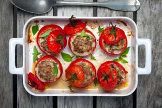 Low-carb 'cheeseburger' tomato recipe