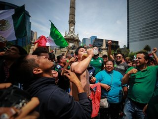 How Mexican soccer fans caused an earthquake